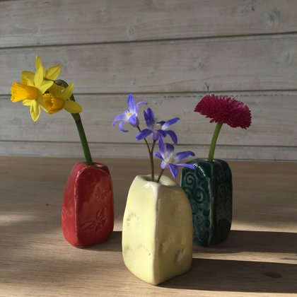 Mini-Vasen für einzelne Blümchen