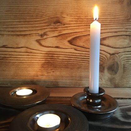 Teelichtschalen, Kerzenständer, Naturton dunkelbraun, Preis €5,- bis 7,- je nach Größe