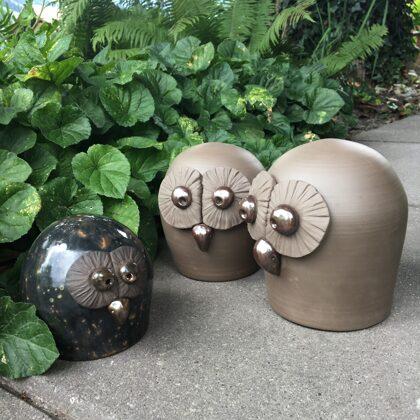 Keramikfigur, Naturton, Preis €16,- bis €22,- je nach Größe