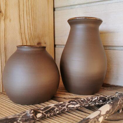 Vasen, Naturton, Preis €9,- bis 16,- je nach Größe